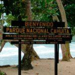 Parque-Cahuita-letrero